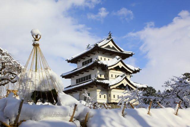 Hirosaki Castle en invierno en Aomori winter