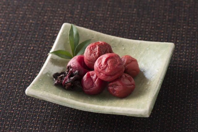 fruta japonesa umeboshi