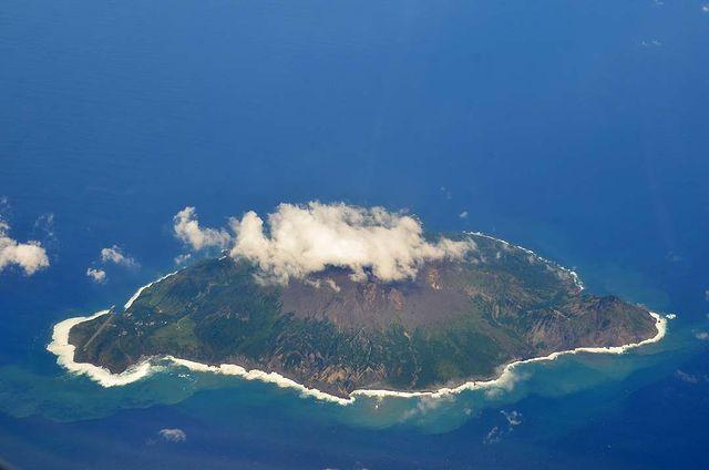 Isla de Suwanosejima 諏訪之瀬島 (islas Tokara)
